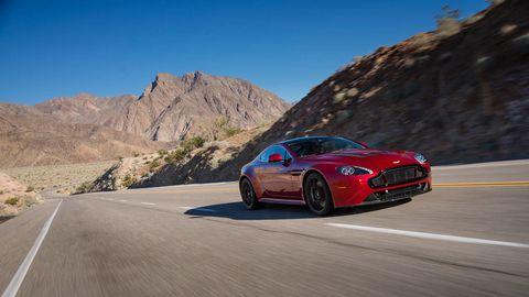 Tire, Road, Automotive design, Mode of transport, Vehicle, Infrastructure, Mountainous landforms, Rim, Car, Performance car,