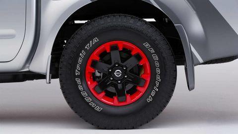 Tire, Wheel, Motor vehicle, Automotive tire, Automotive design, Automotive wheel system, Alloy wheel, Automotive exterior, Rim, Synthetic rubber,