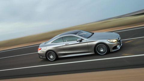 Tire, Wheel, Mode of transport, Automotive design, Vehicle, Road, Alloy wheel, Land vehicle, Transport, Rim,