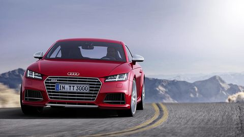 Automotive design, Mode of transport, Automotive mirror, Vehicle, Land vehicle, Car, Grille, Red, Audi, Bumper,