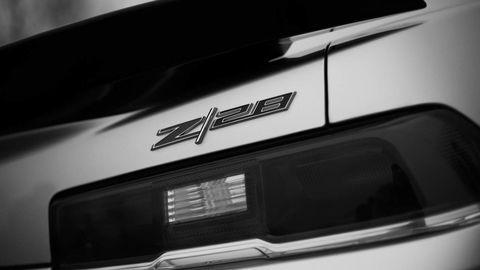 Automotive exterior, Automotive lighting, Automotive tail & brake light, Bumper part, Luxury vehicle, Personal luxury car, City car, Hood, Automotive door part, Kit car,