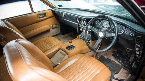 Motor vehicle, Steering part, Steering wheel, Vehicle, Car, Vehicle door, Classic car, Car seat, Classic, Gauge,