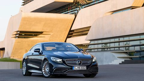 Mode of transport, Automotive design, Vehicle, Grille, Car, Automotive lighting, Alloy wheel, Rim, Mercedes-benz, Personal luxury car,