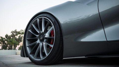 Tire, Wheel, Automotive tire, Automotive design, Alloy wheel, Automotive wheel system, Rim, Automotive exterior, Spoke, Fender,