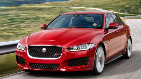 Automotive design, Vehicle, Hood, Grille, Car, Red, Rim, Fender, Alloy wheel, Luxury vehicle,