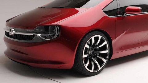 Mode of transport, Automotive design, Vehicle, Land vehicle, Car, Alloy wheel, Red, Rim, Automotive wheel system, Fender,