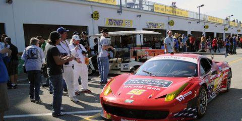 Automotive design, Vehicle, Land vehicle, Performance car, Car, Sports car racing, Hood, Sports car, Motorsport, Supercar,