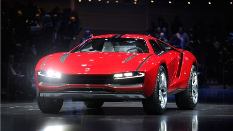 Tire, Wheel, Automotive design, Vehicle, Land vehicle, Car, Automotive tire, Fender, Performance car, Sports car,