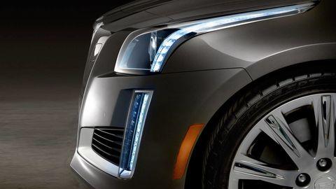 Automotive design, Automotive lighting, Automotive tire, Automotive exterior, Headlamp, Rim, Hood, Grille, Alloy wheel, Fender,