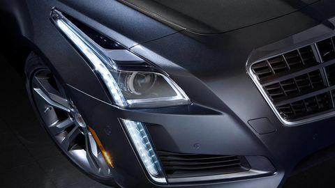 Automotive design, Automotive lighting, Grille, Automotive exterior, Luxury vehicle, Headlamp, Carbon, Personal luxury car, Alloy wheel, Automotive light bulb,