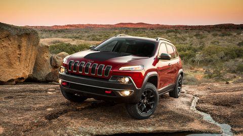 Tire, Automotive design, Vehicle, Land vehicle, Automotive exterior, Car, Landscape, Hood, Automotive tire, Grille,