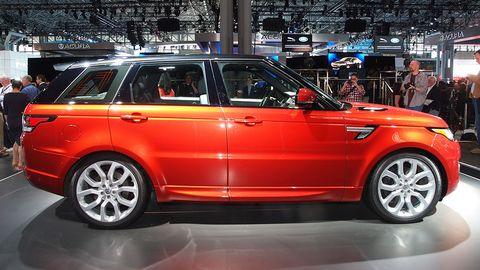 Tire, Wheel, Automotive design, Vehicle, Car, Sport utility vehicle, Alloy wheel, Beauty, Luxury vehicle, Rim,