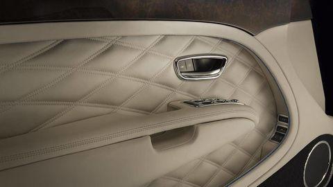 Automotive design, Fixture, Grey, Metal, Composite material, Carbon, Personal luxury car, Luxury vehicle, Silver, Steel,