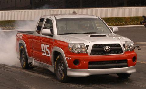 Motor vehicle, Vehicle, Transport, Land vehicle, Automotive design, Hood, Headlamp, Pickup truck, Car, Grille,