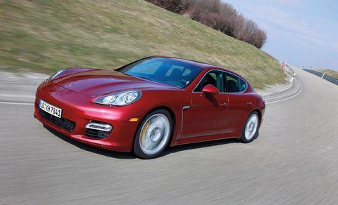Tire, Wheel, Automotive design, Vehicle, Road, Land vehicle, Transport, Rim, Car, Performance car,