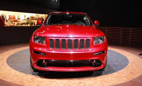 Automotive design, Vehicle, Automotive lighting, Grille, Headlamp, Car, Hood, Automotive exterior, Bumper, Sport utility vehicle,