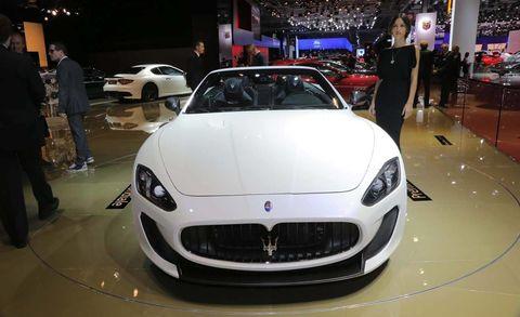 Automotive design, Vehicle, Event, Land vehicle, Car, Performance car, Personal luxury car, Luxury vehicle, Sports car, Auto show,