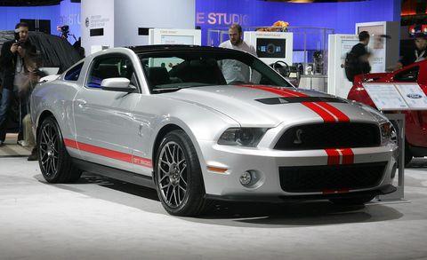 Motor vehicle, Tire, Automotive design, Vehicle, Headlamp, Hood, Automotive lighting, Automotive tire, Performance car, Car,