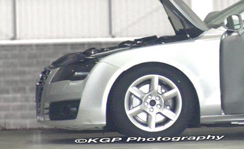 Tire, Wheel, Motor vehicle, Automotive design, Automotive tire, Alloy wheel, Vehicle, Automotive exterior, Automotive wheel system, Rim,
