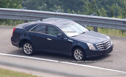 Tire, Wheel, Vehicle, Car, Alloy wheel, Rim, Full-size car, Spoke, Technology, Mid-size car,