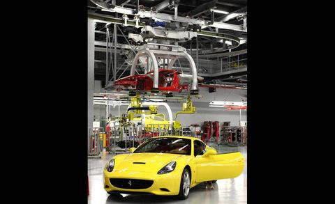 Motor vehicle, Automotive design, Vehicle, Headlamp, Automotive lighting, Performance car, Automotive mirror, Car, Fender, Sports car,
