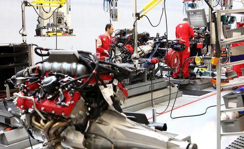 Automotive design, Motorcycle, Fuel tank, Engineering, Motorcycle accessories, Machine, Engine, Service, Auto part, Automotive fuel system,