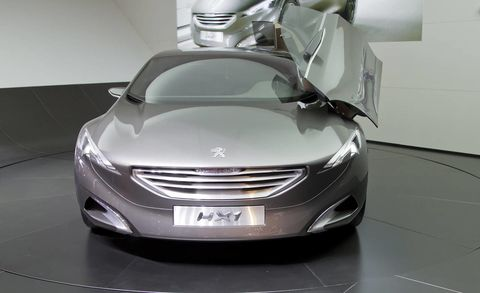 Mode of transport, Automotive design, Vehicle, Transport, Grille, Car, Floor, Glass, Personal luxury car, Luxury vehicle,