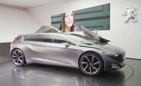 Tire, Wheel, Automotive design, Mode of transport, Vehicle, Concept car, Transport, Car, Personal luxury car, Alloy wheel,