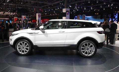 Tire, Wheel, Automotive design, Vehicle, Land vehicle, Car, Alloy wheel, Rim, Automotive tire, Spoke,