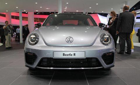 Motor vehicle, Automotive design, Vehicle, Land vehicle, Car, Headlamp, Auto show, Sports car, Bumper, Luxury vehicle,