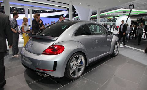 Automotive design, Vehicle, Land vehicle, Car, Automotive tire, Fender, Alloy wheel, Automotive wheel system, Auto show, Luxury vehicle,