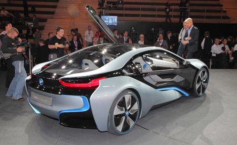 Wheel, Automotive design, Mode of transport, Vehicle, Event, Land vehicle, Car, Auto show, Personal luxury car, Exhibition,