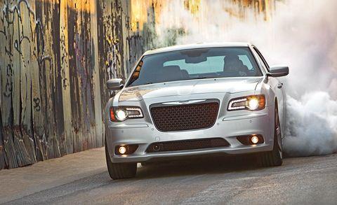 Tire, Motor vehicle, Automotive design, Vehicle, Automotive lighting, Headlamp, Hood, Land vehicle, Grille, Car,