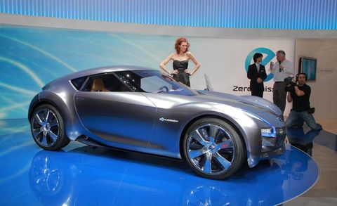Tire, Wheel, Automotive design, Vehicle, Automotive wheel system, Land vehicle, Automotive tire, Alloy wheel, Car, Performance car,