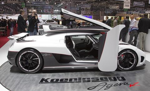 Tire, Wheel, Automotive design, Vehicle, Event, Land vehicle, Rim, Alloy wheel, Car, Automotive wheel system,