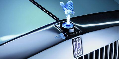 Land vehicle, Car, Vehicle, Luxury vehicle, Rolls-royce, Rolls-royce phantom, Hood, Emblem, Grille, Rolls-royce phantom coupé,