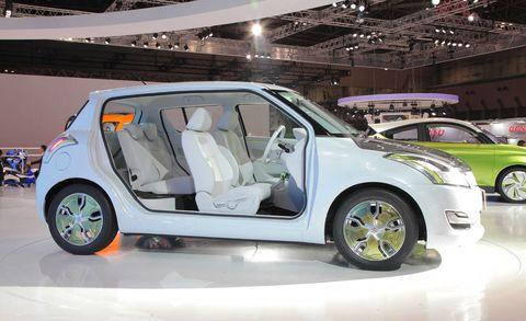 Motor vehicle, Tire, Wheel, Automotive design, Vehicle, Land vehicle, Automotive tire, Vehicle door, Car, Alloy wheel,