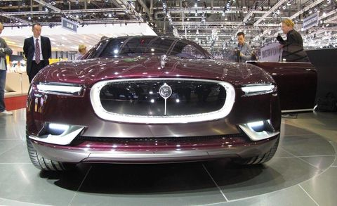 Automotive design, Vehicle, Event, Grille, Car, Personal luxury car, Concept car, Exhibition, Performance car, Auto show,