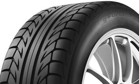 Tire, Automotive tire, Automotive design, Rim, Automotive wheel system, Automotive exterior, Synthetic rubber, Tread, Alloy wheel, Fender,