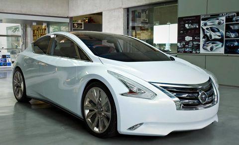 Motor vehicle, Mode of transport, Automotive design, Vehicle, Transport, Automotive mirror, Glass, Car, Fender, Vehicle door,