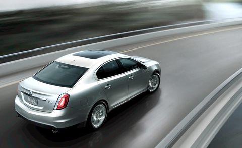 Tire, Mode of transport, Automotive design, Vehicle, Transport, Car, Full-size car, Alloy wheel, Rim, Mid-size car,