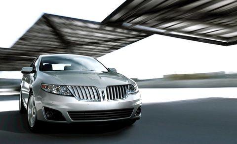 Automotive design, Vehicle, Automotive exterior, Automotive lighting, Grille, Headlamp, Car, Hood, Automotive parking light, Light,
