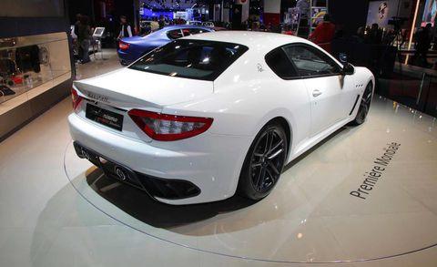 Tire, Automotive design, Vehicle, Event, Car, Performance car, Personal luxury car, Vehicle registration plate, Exhibition, Automotive lighting,