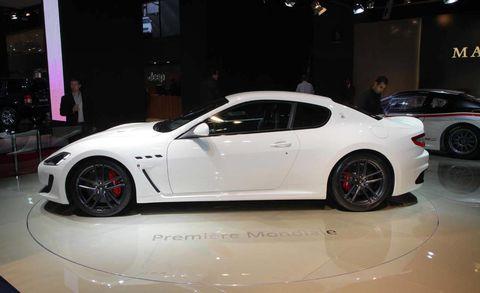 Tire, Wheel, Automotive design, Vehicle, Alloy wheel, Land vehicle, Rim, Automotive wheel system, Car, Performance car,