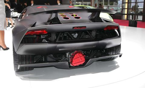 Land vehicle, Vehicle, Car, Sports car, Supercar, Automotive design, Auto show, Lamborghini, Lamborghini sesto elemento, Performance car,