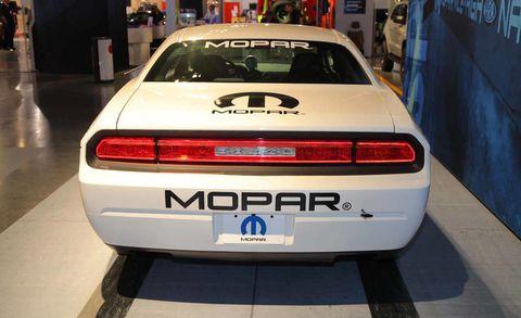 Automotive design, Vehicle, Automotive tail & brake light, Vehicle registration plate, Car, Automotive lighting, Performance car, Automotive exterior, Automotive parking light, Personal luxury car,