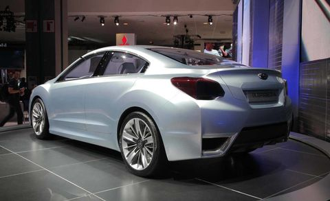 Wheel, Tire, Automotive design, Vehicle, Land vehicle, Car, Personal luxury car, Alloy wheel, Luxury vehicle, Automotive wheel system,