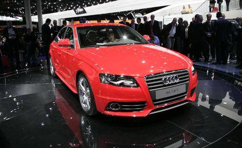Tire, Automotive design, Vehicle, Event, Land vehicle, Grille, Car, Audi, Alloy wheel, Personal luxury car,