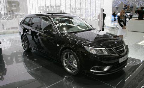 Land vehicle, Vehicle, Car, Motor vehicle, Alloy wheel, Rim, Saab automobile, Personal luxury car, Automotive design, Full-size car,