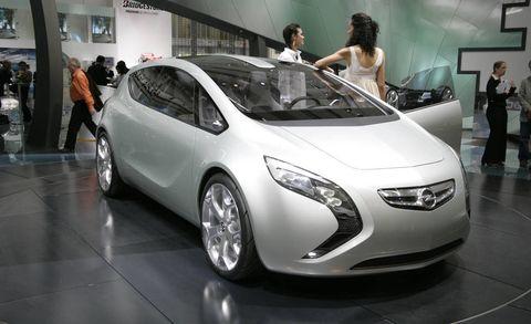 Automotive design, Mode of transport, Vehicle, Event, Land vehicle, Car, Auto show, Exhibition, Floor, Fashion,